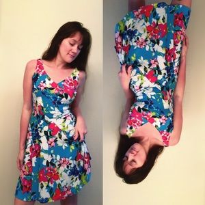 NWOT 🌺 Floral beauty! 🌸 Great Deal ‼️👀👍🏻